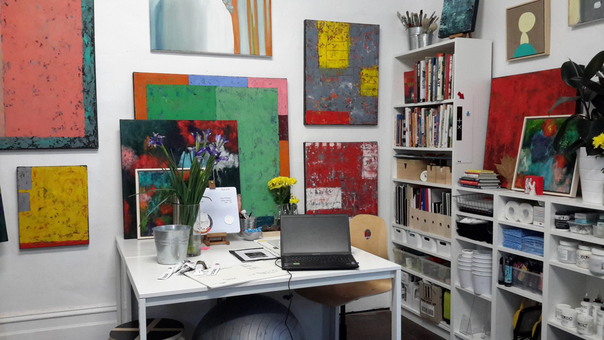 Maggie's studio at Wairoa - May 2016 clean workspace